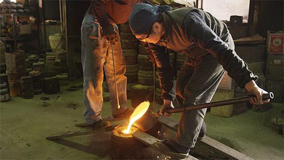 NANBU TEKKI IRONWARE - 南部鉄器(鋳込みと着色)